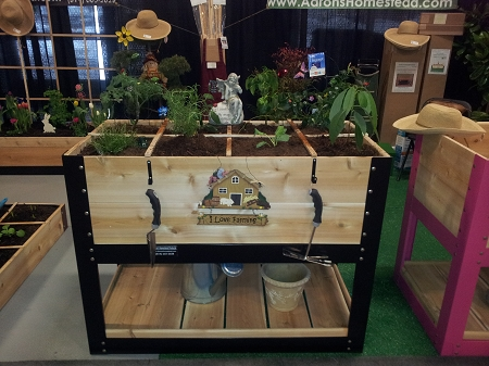 Elevated Gardener Box